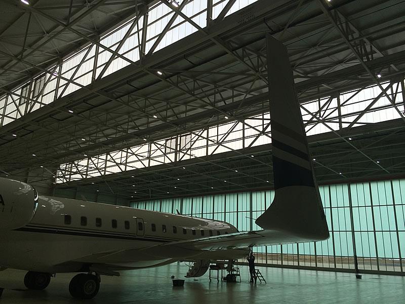 Eclairage LED d'un hangar aéronautique