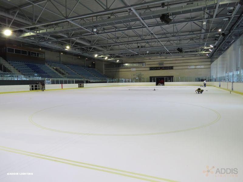 Eclairage led d'une patinoire avec la gamme AZURITE