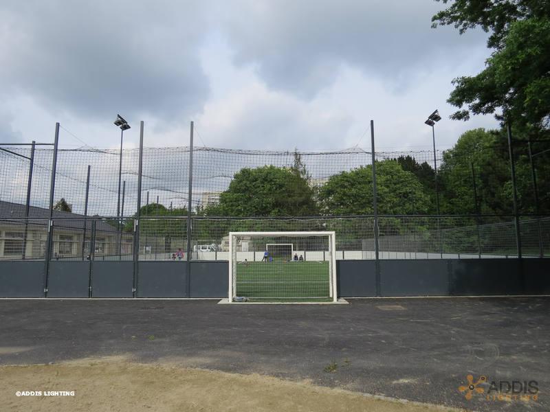 Equipement d'un terrain de Soccer en éclairage led avec des projecteurs led AZURITE
