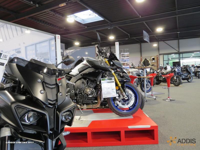Eclairage LED d'une concession Moto Yamaha