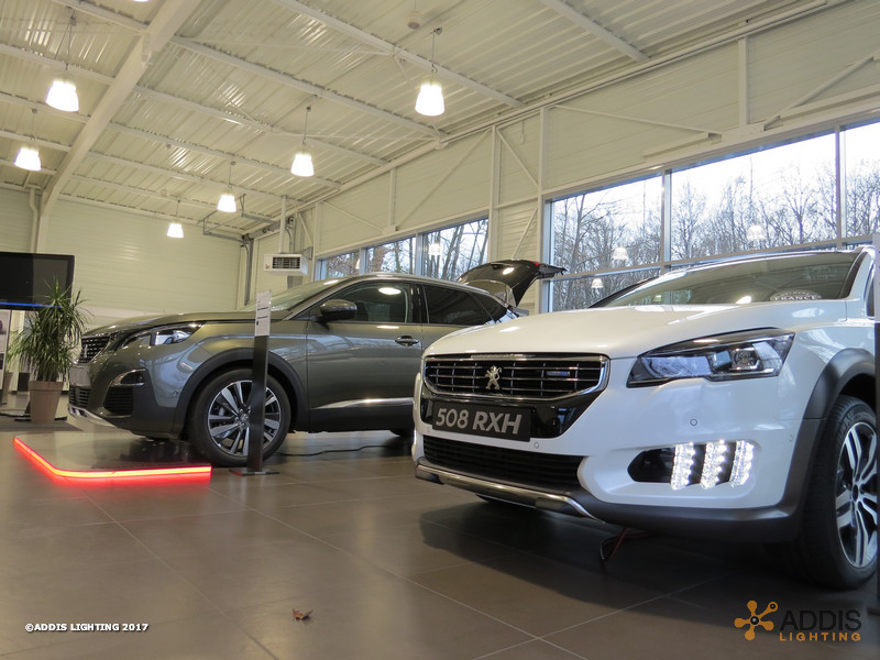 Eclairage LED d'une nouvelle concession Peugeot