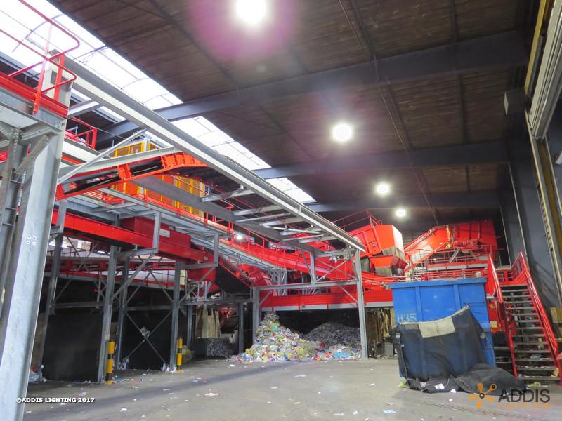 Relamping led avec des QUARTZ Compact d'un site de recyclage