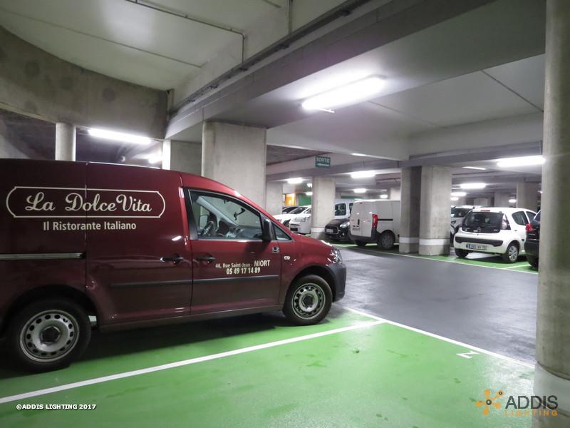 Parking avec des OPALINE Caisson