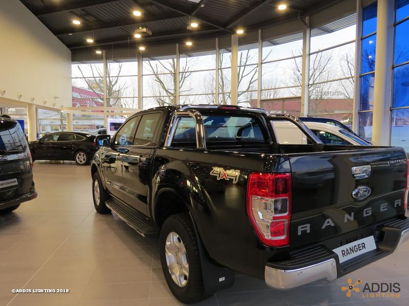 Eclairage LED d'une nouvelle concession Ford